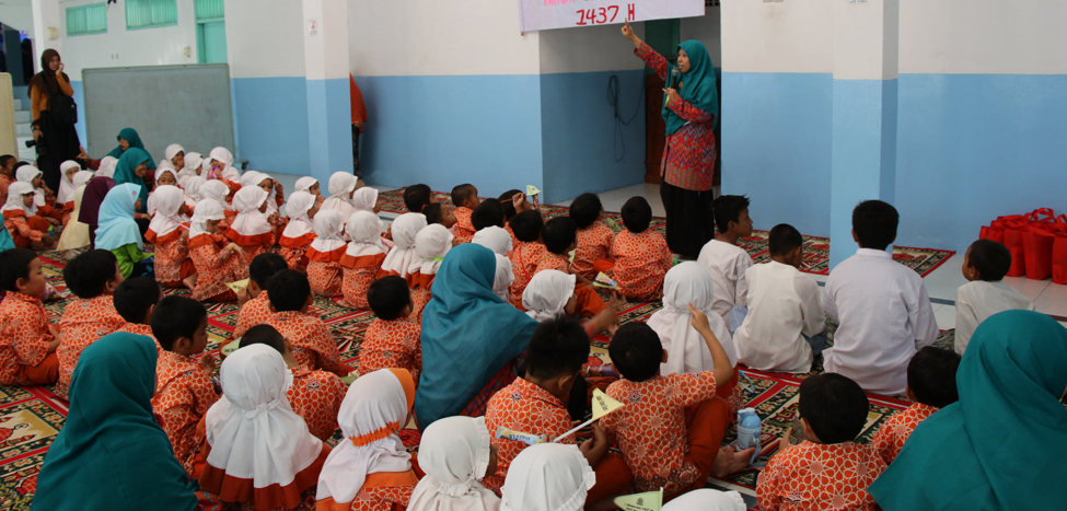 Sambut Muharam, TKIT Nurul Fikri Beri Santunan Anak Yatim