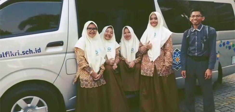 SMA Nurul Fikri Juara I Lomba Duet Story Telling Wonderkind Festival