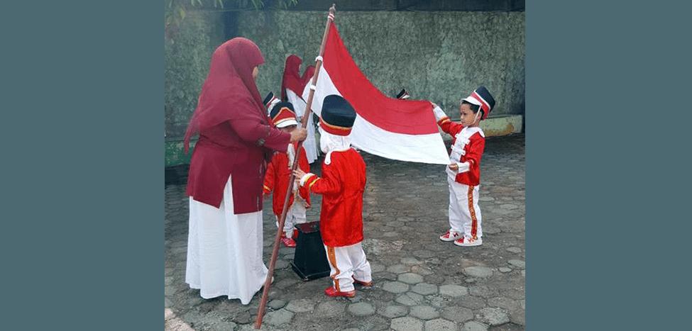 Siswa TK Islam Terpadu Nurul Fikri Peringati 17 Agustus