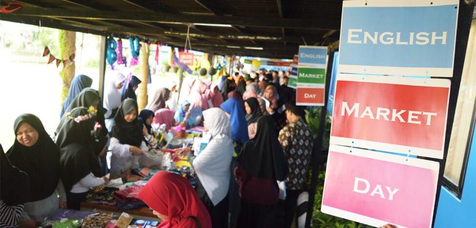 Asah Bahasa Inggris Dengan English Market Day