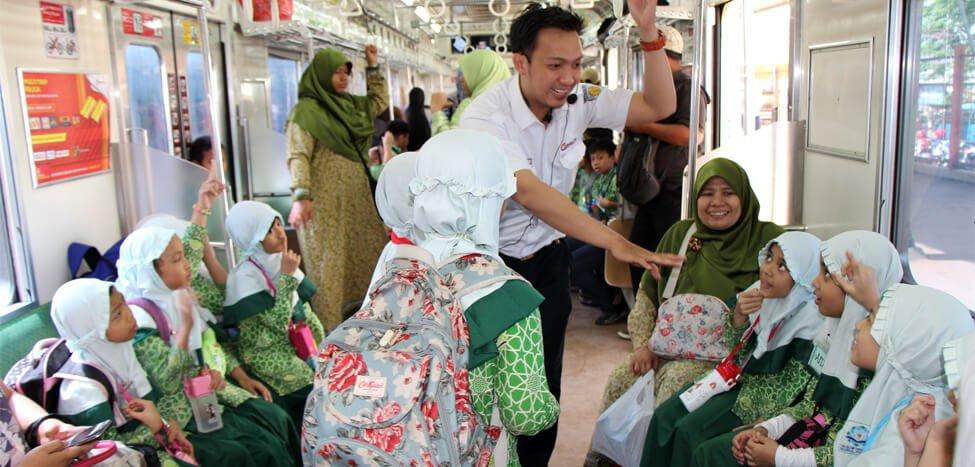 Belajar Kenali Dunia Kereta Api, SDIT Nurul Fikri ke Bogor