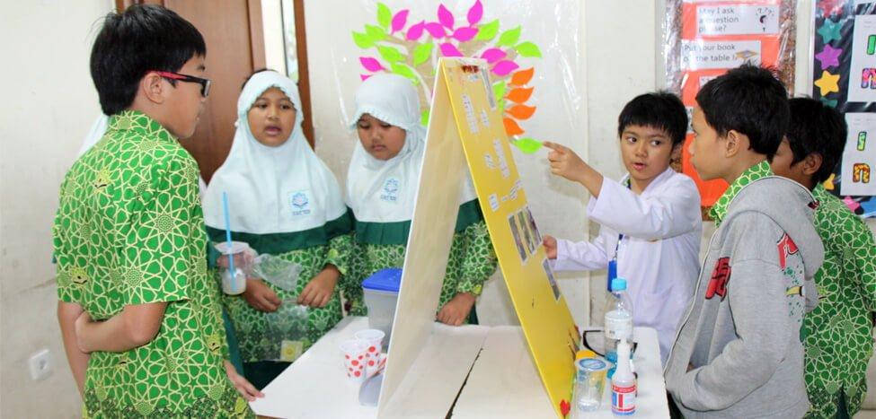 SDIT Nurul Fikri Gelar Research Expo