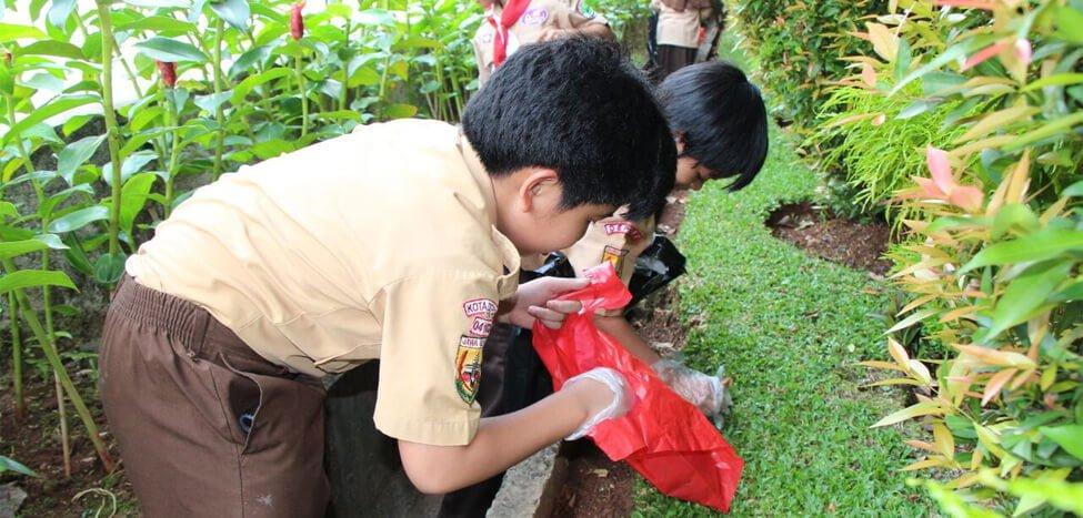 SDIT Nurul Fikri Kembali Gelar Jumat Bersih