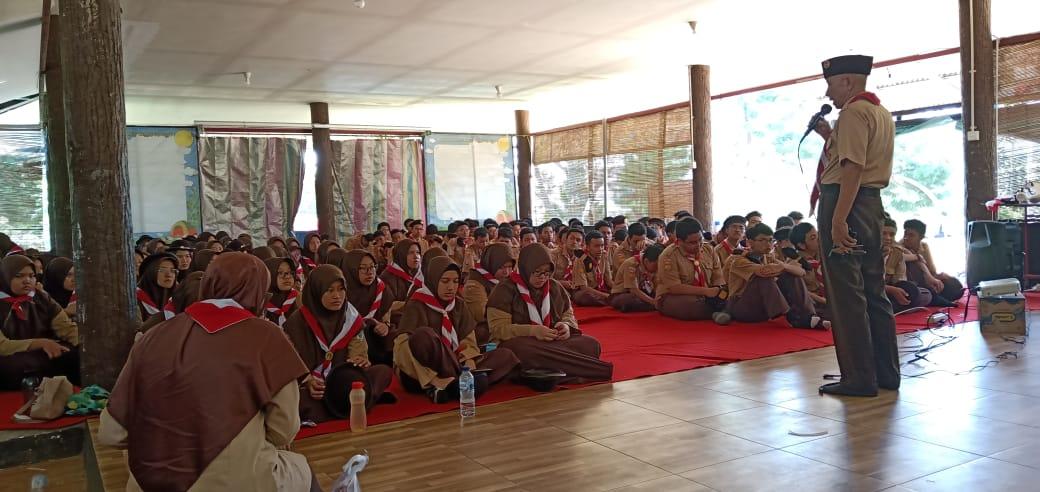 Smart Camp Membina Diri Menjadi Pemimpin