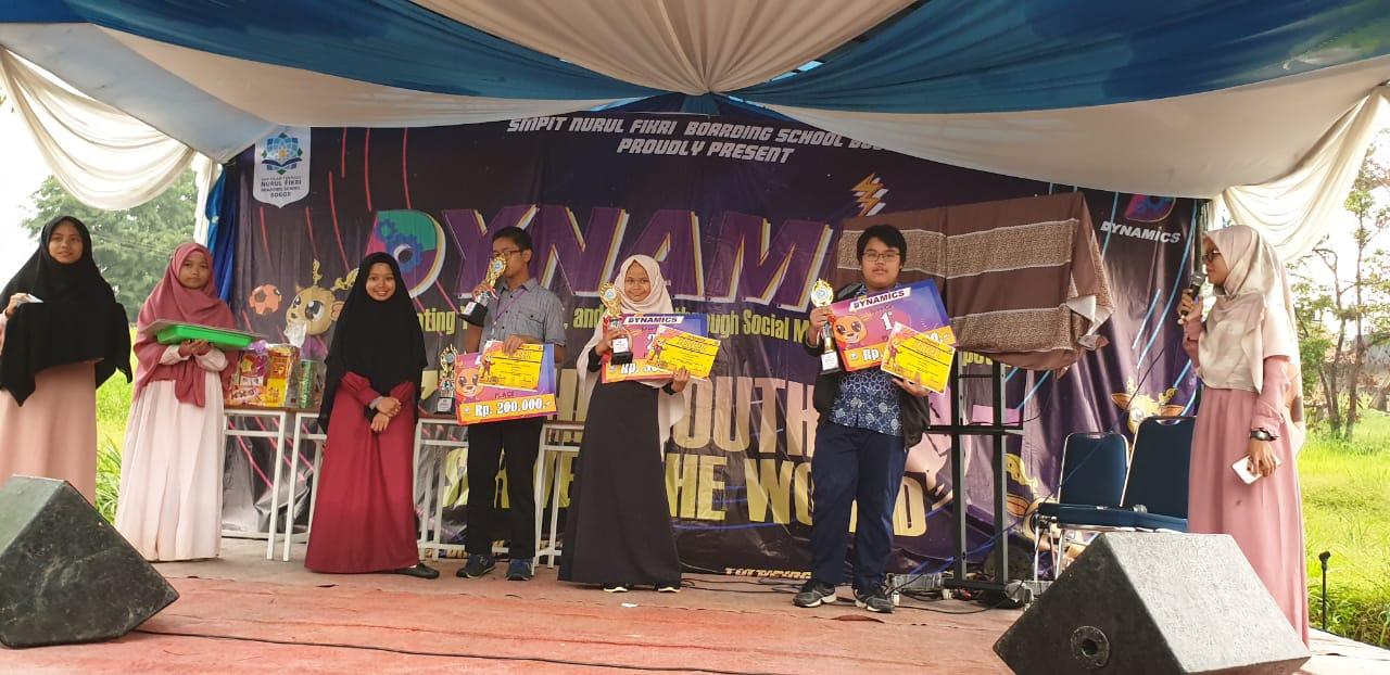 Ammar Juara I Lomba Pidato Bahasa Inggris se-Bogor Raya