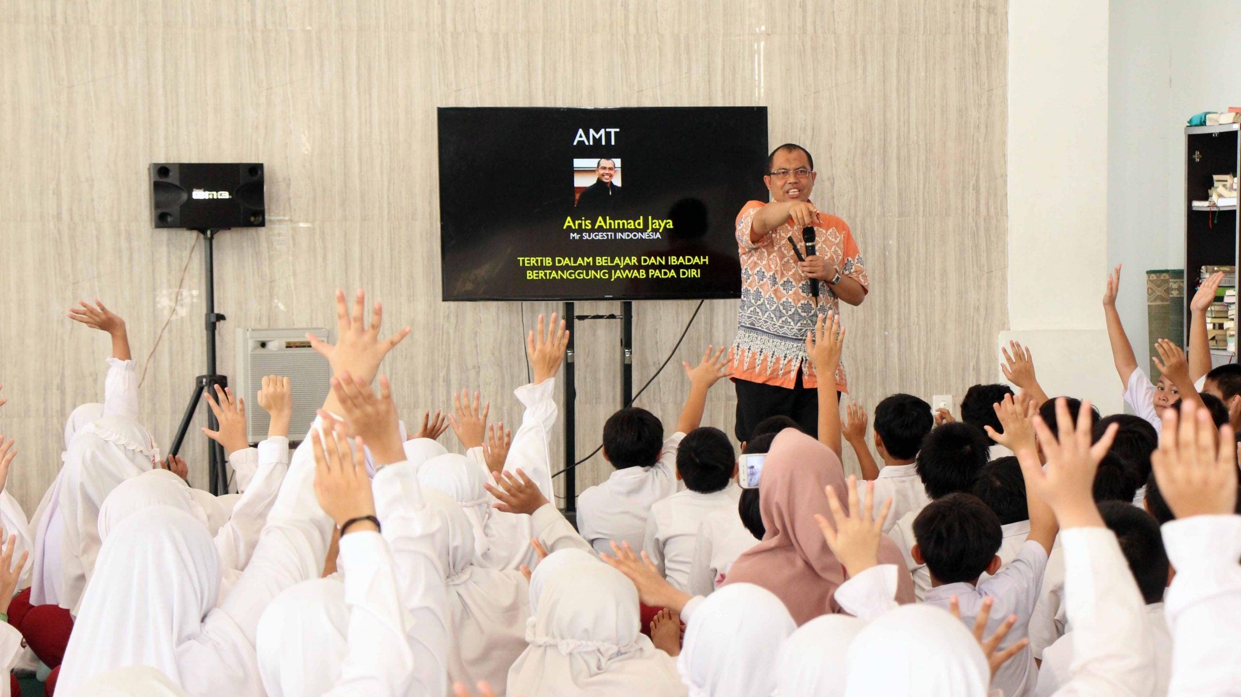 SDIT Nurul Fikri Bentuk Karakter dan Motivasi Siswa Melalui AMT